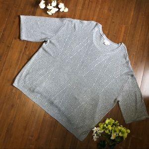 🔮 Grey t-shirt plus size 3X Ava & Viv